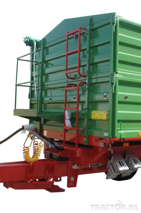 Ремаркета и цистерни PRONAR Т683 1 - Трактор БГ